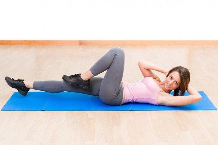 Программа фитнес-тренировок на пресс для фанатов ЗОЖ