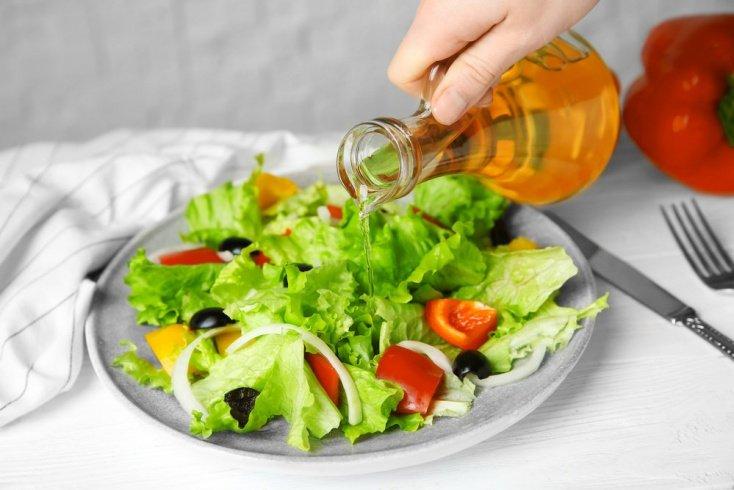 Салаты с яблочным уксусом для борьбы с целлюлитом