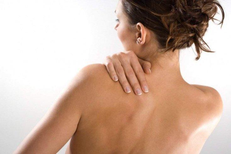 Причины акне на коже плеч и спины