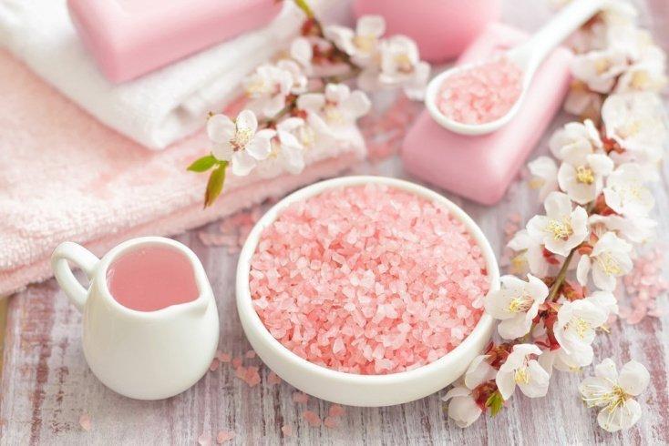 Солевые ванны для красоты и здоровья тела