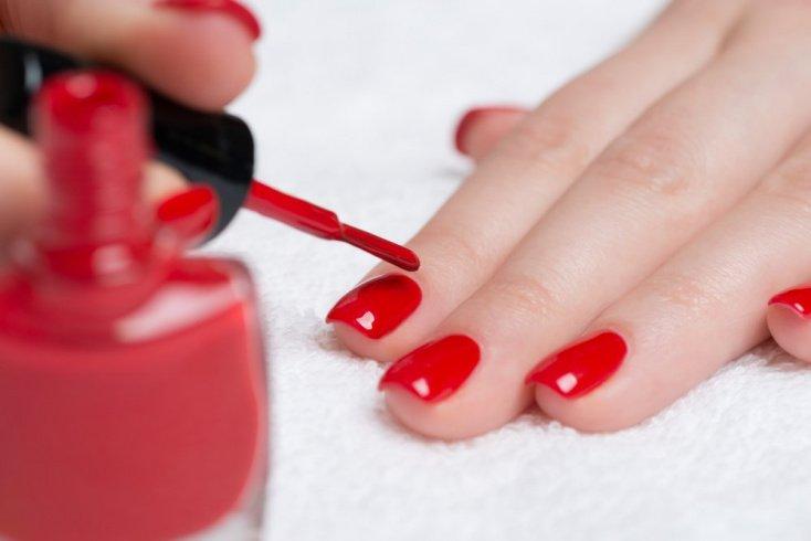Преимущества быстросохнущего покрытия для ногтей