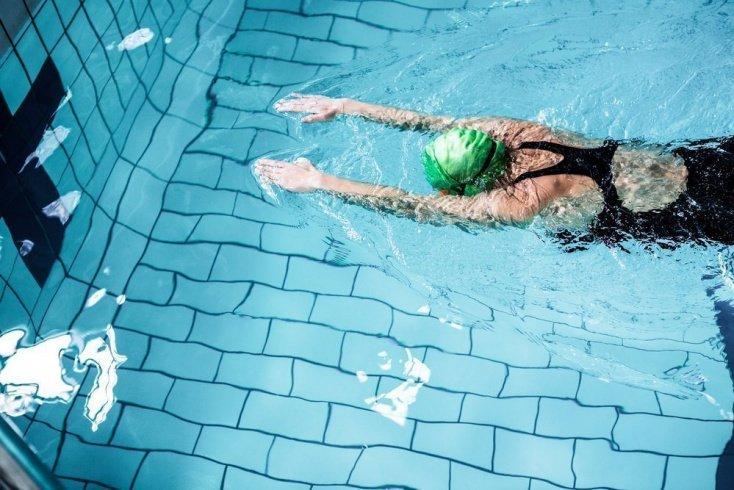 Насколько эффективны упражнения в воде?