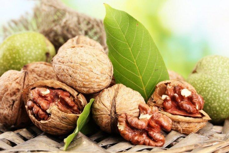 1. Грецкие орехи