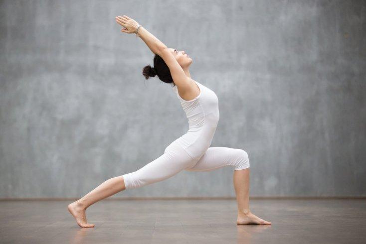 Упражнения йоги для снижения веса