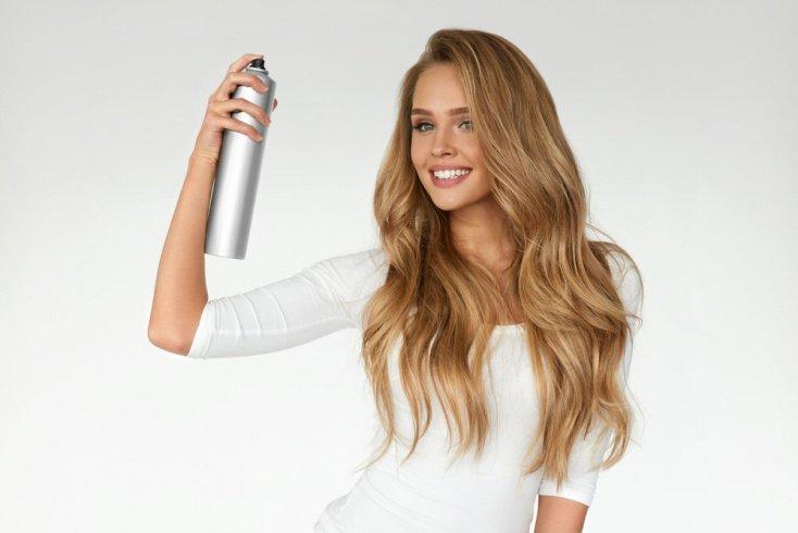 Спрей: подкрашивание корней и полное тонирование волос