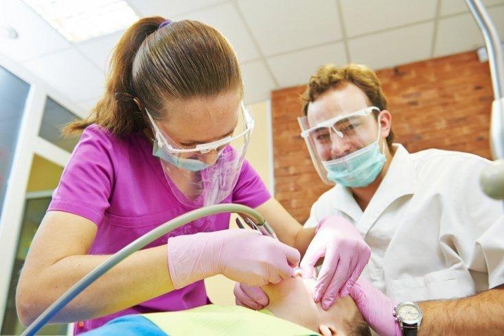 Показания для лечения зубной боли под наркозом