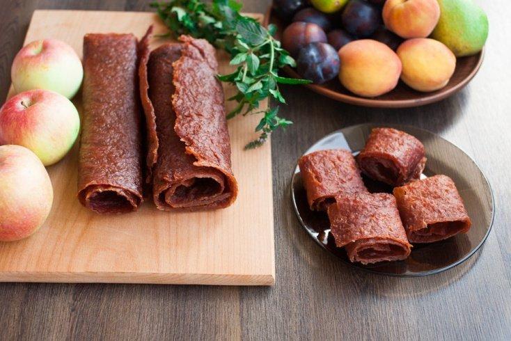 Пастила из фруктов и ягод: польза и вред десерта