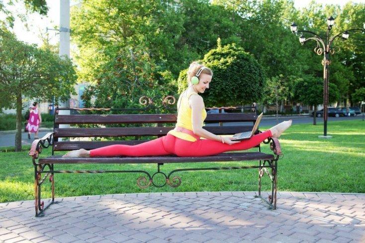 Как сесть на шпагат: комплекс упражнений