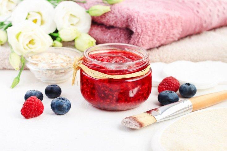 Воздействие ягод на кожу лица