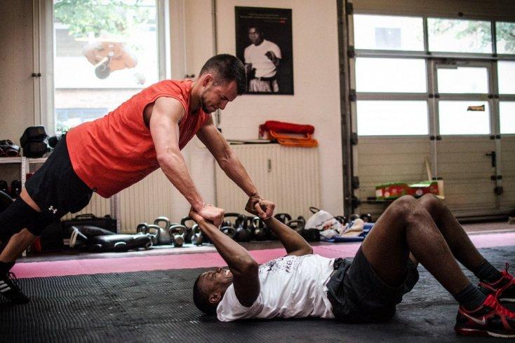 Составление фитнес-программы для поклонников ЗОЖ с примерами