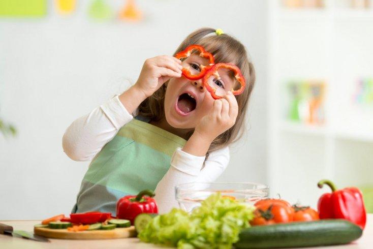Занятия для детей на кухне