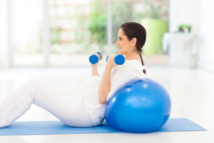 Третий триместр беременности: упражнения