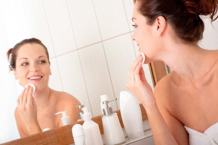 Правила использования тоника для кожи лица