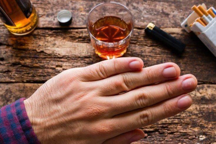 Вредные привычки — враги сердца: курение и алкоголь