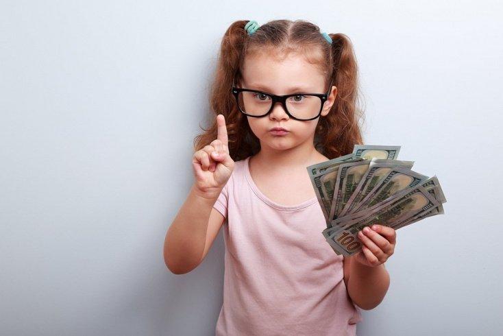 Как научить тратить деньги правильно
