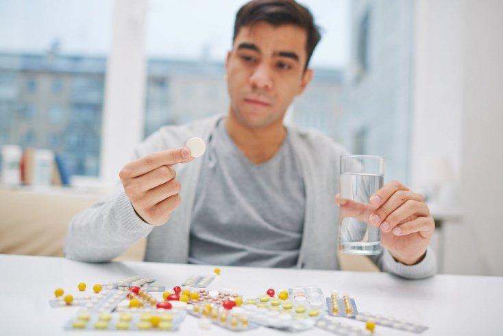 Лечение патологии: лекарства, фитотерапия, пища