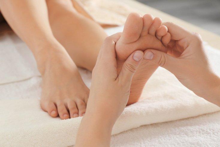 Лечение синдрома беспокойных ног: массаж, правильный сон