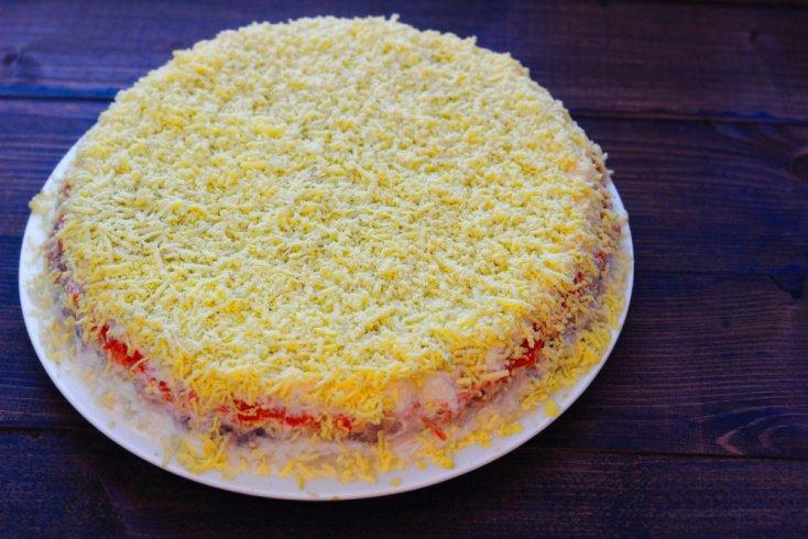 Салат «Мимоза»: рецепт с консервами
