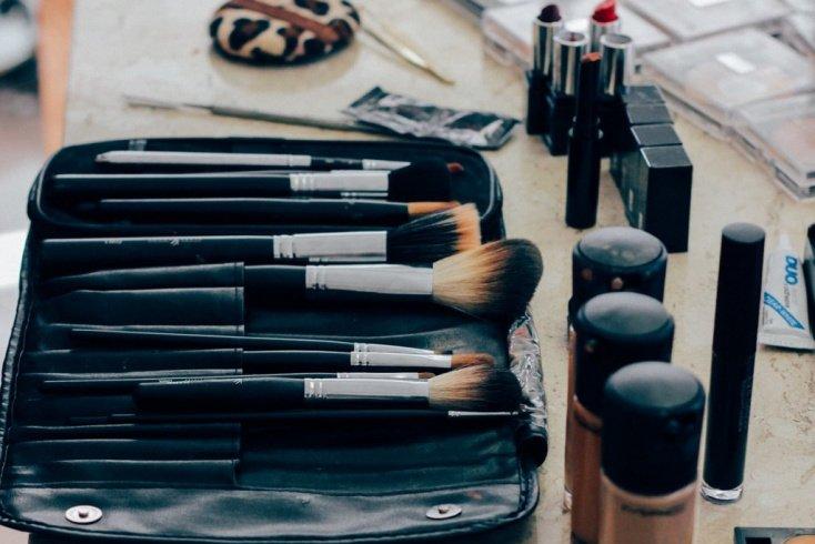 Правильный макияж и особенности его нанесения