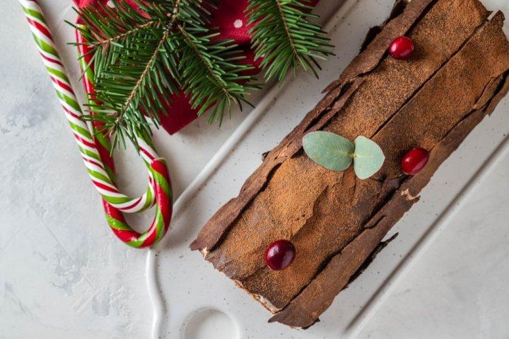Французский десерт «Рождественское полено»