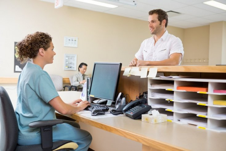 Обращение в клинику и страховую компанию