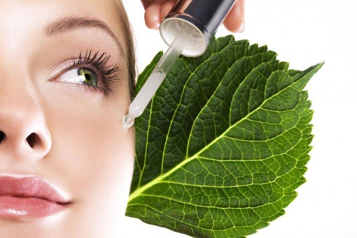 Основы ухода за кожей вокруг глаз