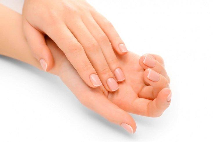 1. Не отращивайте слишком длинные ногти
