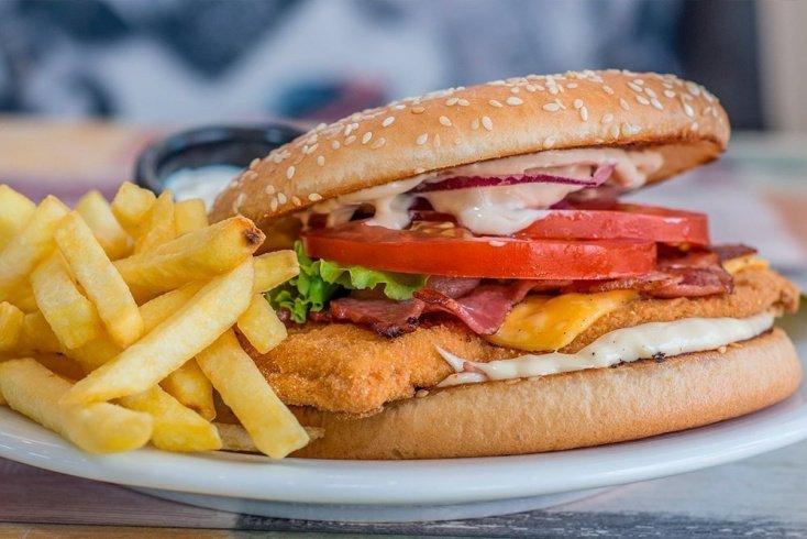 Жареные и жирные продукты питания