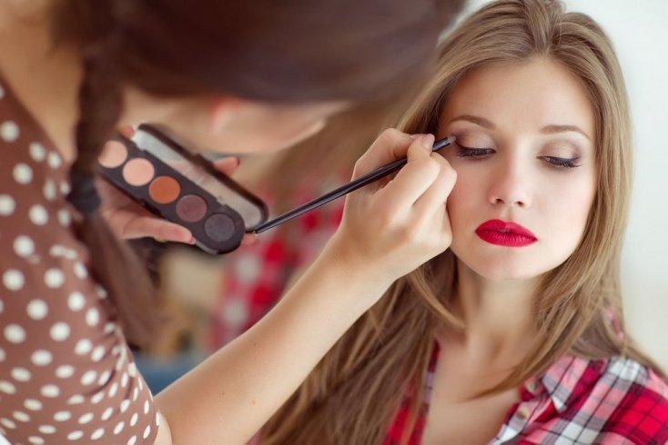 Тени: как правильно работать с этой косметикой