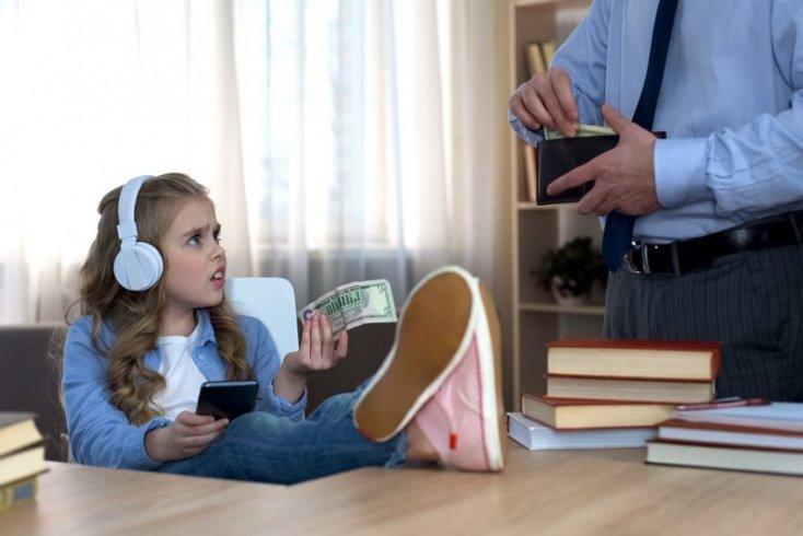 Как матери реагировать на советы и поступки родственников?