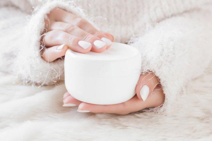 Защитный крем для лица: изучаем состав