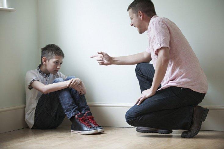Что стоит за агрессивным поведением подростков?