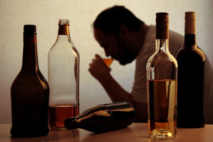 Как возникает алкогольный гепатит: отравление печени