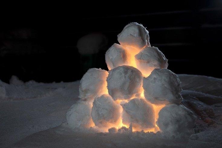 Снежки — не только для битвы, но и арт-объект