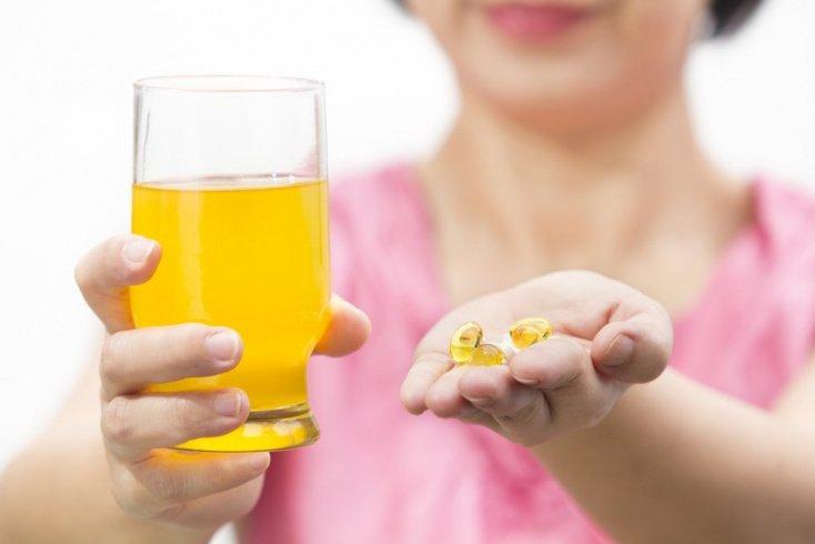Внутренние причины: нехватка витаминов, болезни, вредные привычки