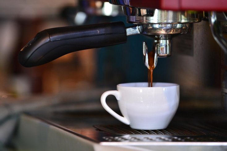 Портативная кофемашина — еще один вариант для приверженцев перекуса на бегу