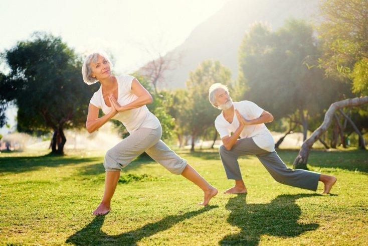 Почему нельзя бросать занятия фитнесом после 40
