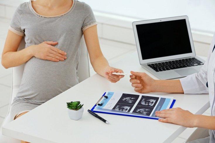 Когда оправдано назначение синтетических аналогов прогестерона?