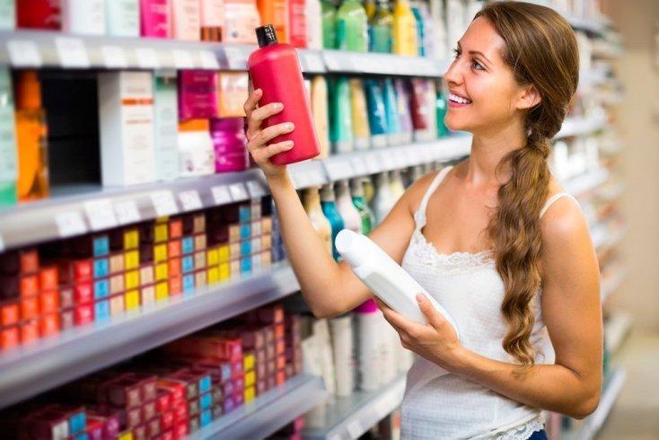 Чем отличаются безсульфатные шампуни для волос от обычных?