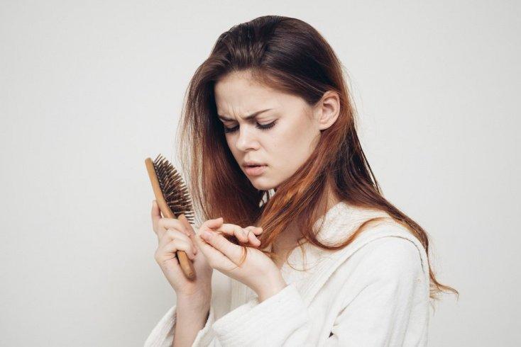 Выпадение волос после родов — норма