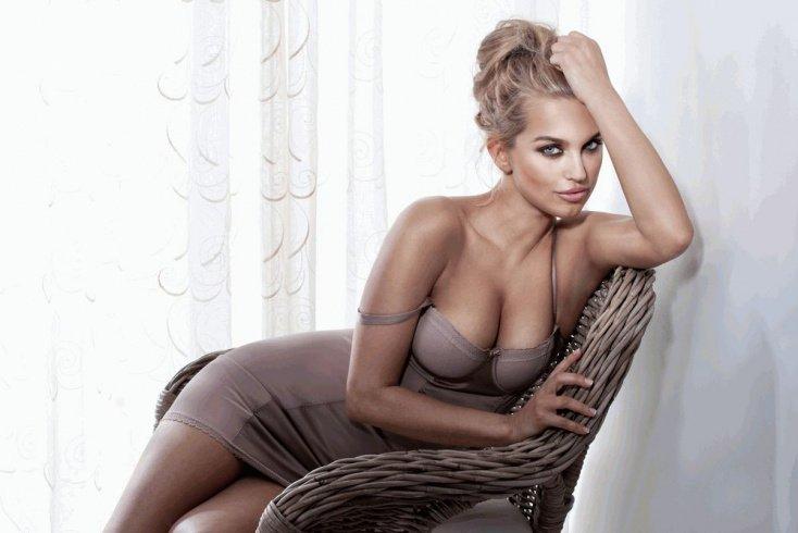 Красота и размер женской груди: от чего это зависит?