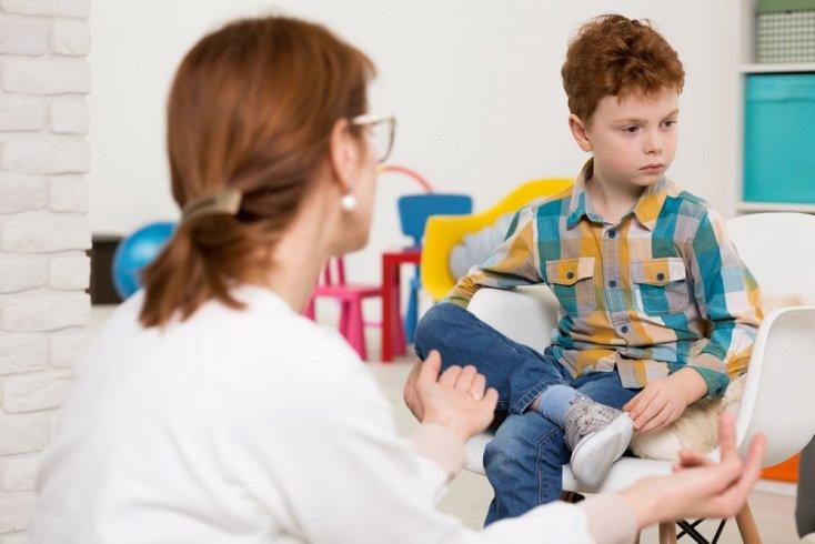 Аутизм у детей: симптомы и признаки