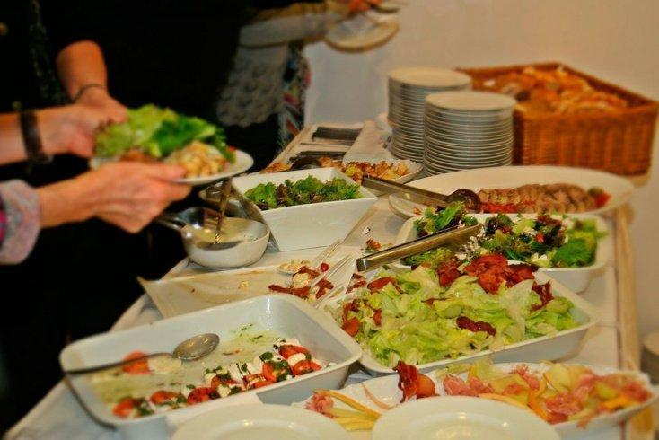 Вегетарианские закуски: рецепты салатов здоровья