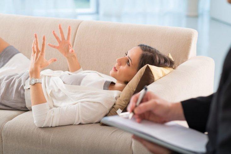 Психологическая помощь женщине