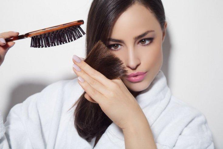 Уход за волосами после выпрямления: основные составляющие
