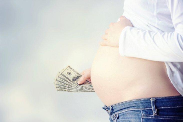 Услуги суррогатного материнства очень дороги