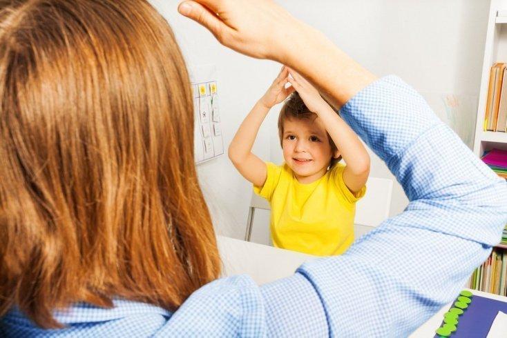 Детский аутизм: лечение болезни и специфика реабилитации