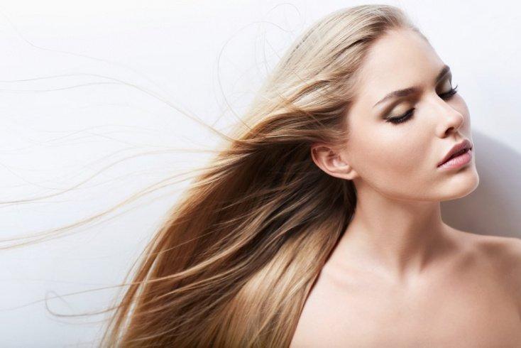 Маска для волос: особенности летних составов
