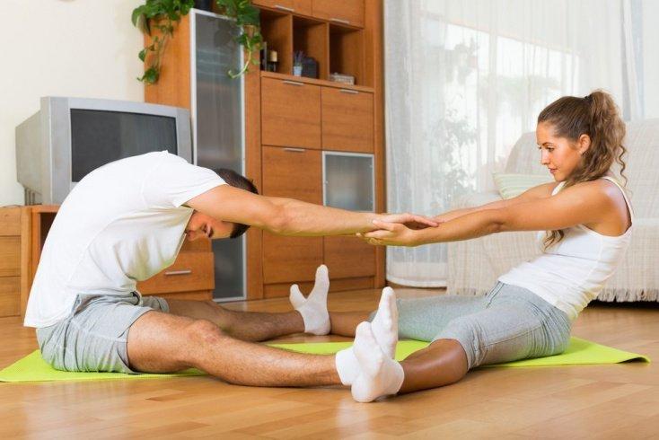 Фитнес-упражнения для растяжки мускулатуры рук и ног