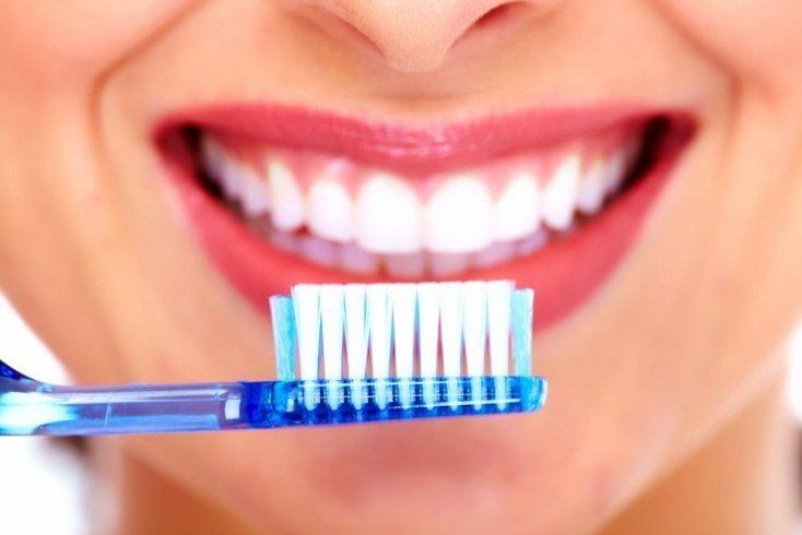 Ионная зубная щетка — тренд будущего